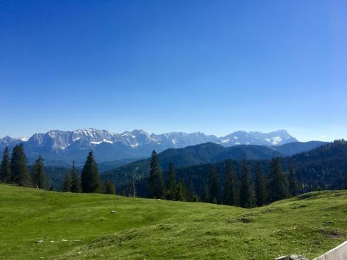 Blick-von-Hohe-Kiste-auf-Karwendel-Juli-2021